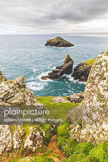 United Kingdom, Cornwall, coastal area The Rumps - p300m2003988 von William Perugini