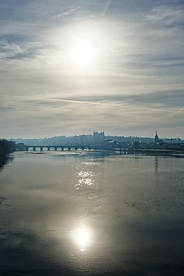 View over Loire river on the city of Saumur - p1402m2228441 by Jerome Paressant