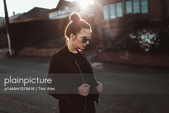 p1444m1515416 by Toni Alex