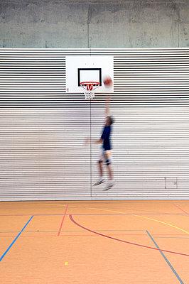 Basketballer - p3450282 von Rainer Gollmer