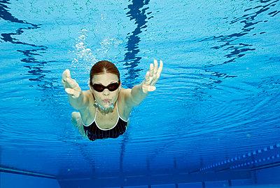 Swimming-glasses - p0810436 by Alexander Keller
