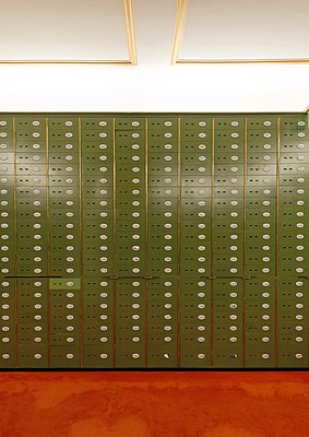 Lockers in a bank - p1119m912356 by O. Mahlstedt