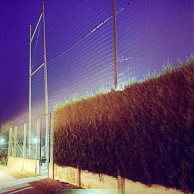 Floodlight - p9110542 by Benjamin Roulet