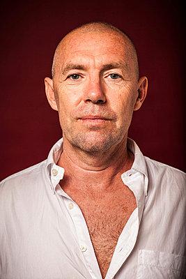 Portrait of a mature man - p924m734680 by Raphye Alexius