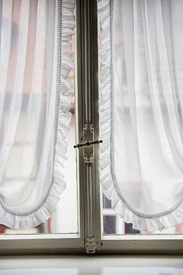 Fenster öffnen - p949m951781 von Frauke Schumann