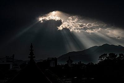 Sonnenuntergang bei einem Sturm - p1243m1525093 von Archer