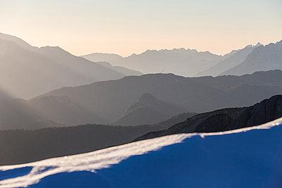 Profiles of the Three Peaks of Lavaredo at dawn, Dolomites, Auronzo of Cadore, Veneto, Italy, Europe - p871m1105973 by Roberto Moiola