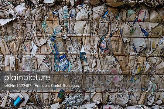Paper industry in Phong Ke village, Bac Ninh
