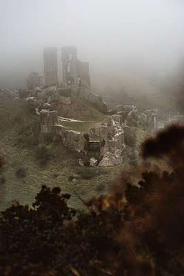 Corfe Castle in the mist - p1326m2099815 by kemai
