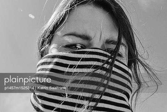 Luft anhalten - p1457m1525314 von Katrin Saalfrank
