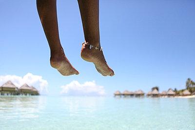 Barefoot - p045m702703 by Jasmin Sander