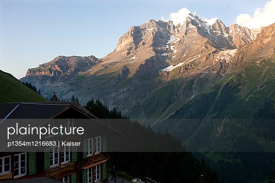 Berggasthaus im Berner Oberland - p1354m1216683 von Kaiser