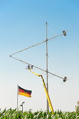 Instandhaltung einer Sendeanlage - p1079m2133122 von Ulrich Mertens