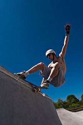 Skateboard fahren - p2200801 von Kai Jabs