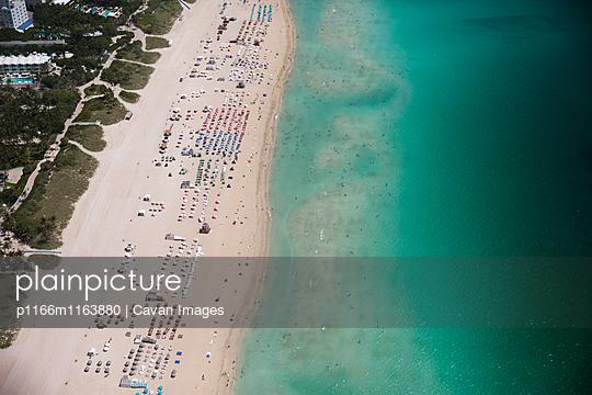 p1166m1163880 von Cavan Images
