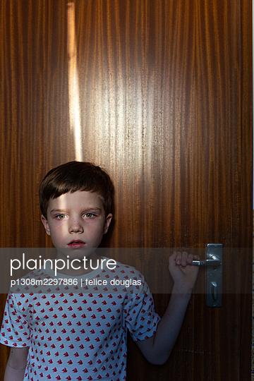 p1308m2297886 by felice douglas