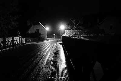 Street at night - p1189m1218631 by Adnan Arnaout