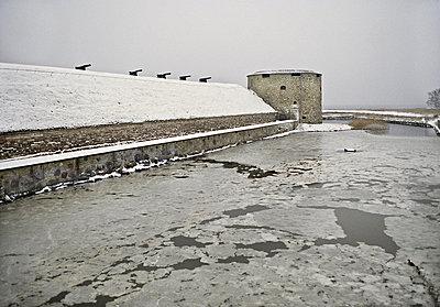 Kalmar Kastle in winter, Sweden - p348m733650 by Bertil Hertzberg