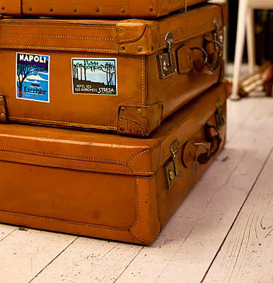Old suitcases - p432m702598 by mia takahara