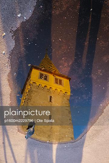 Germany, Bavaria, Lindau at Lake Constance - p1600m2229796 by Ole Spata