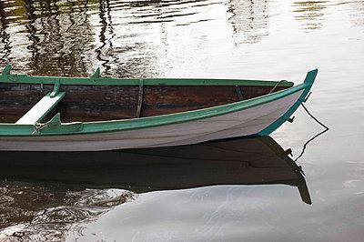 Rowing boat - p1003m738117 by Terje Rakke