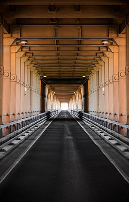 Brücke - p1280m1169349 von Dave Wall