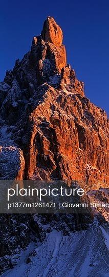 p1377m1261471 von Giovanni Simeone