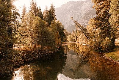 Yosemite - p1507m2141325 by Emma Grann