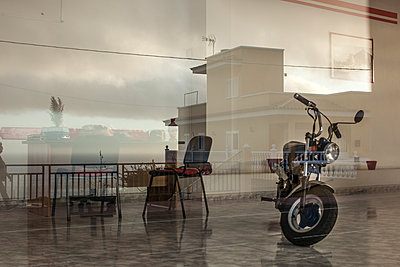 Monkey bike - p1291m1465810 by Marcus Bastel