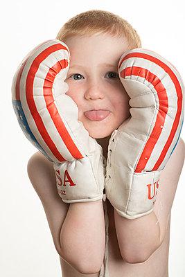 Little boxer - p236m2072644 by tranquillium
