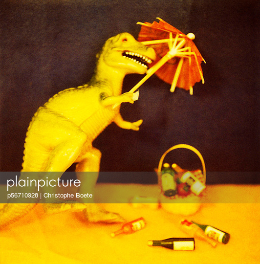 Dinosaurs at home - p56710928 by Christophe Boete
