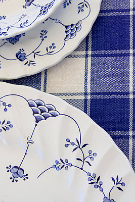 Table Setting - p1331m1169261 by Margie Hurwich