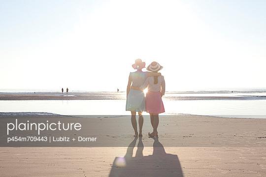 So ein Tag so wunderschön wie heute - p454m709443 von Lubitz + Dorner