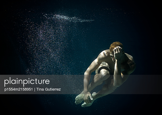 Underwater ballet dancer - p1554m2158951 by Tina Gutierrez