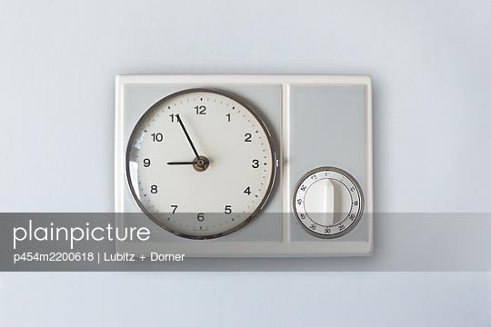 Nostalgic kitchen clock - p454m2200618 by Lubitz + Dorner