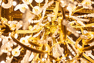 Chandelier - p1129m973171 by ROBINSIMON