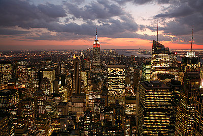 Empire State Building - p1294m1201547 von Sabine Bungert