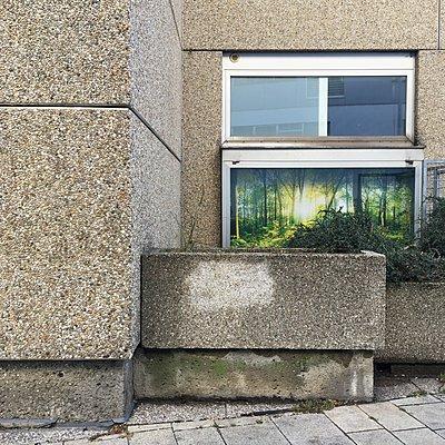 Österreich, Wien, Gebäude aus Waschbeton - p1401m2244428 von Jens Goldbeck