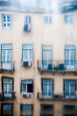 House facade - p171m881017 by Rolau