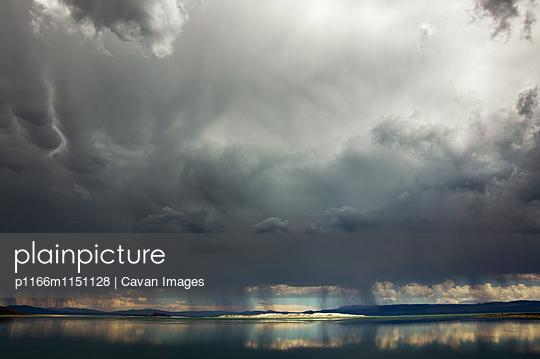 p1166m1151128 von Cavan Images