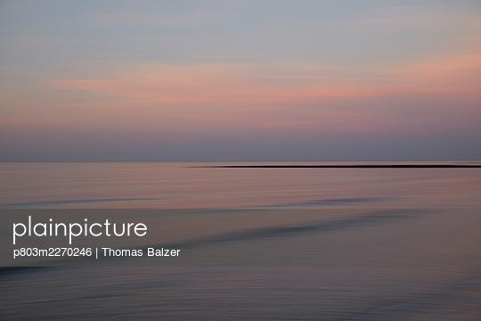 Silent sea - p803m2270246 by Thomas Balzer