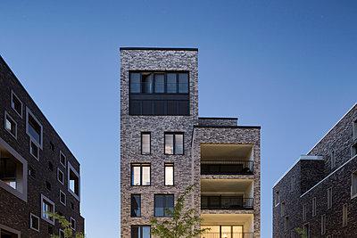 modernes Wohnhaus - p1222m1462938 von Jérome Gerull