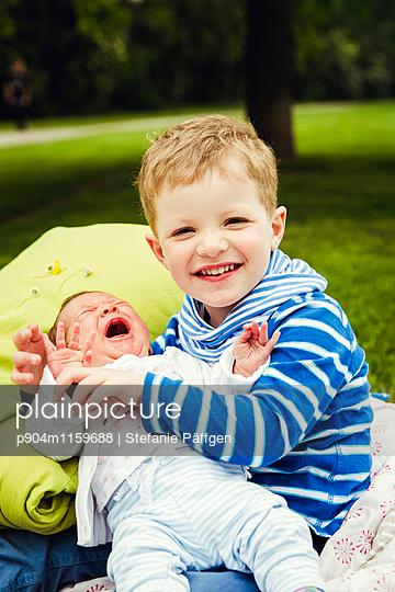 Geschwister - p904m1159688 von Stefanie Neumann