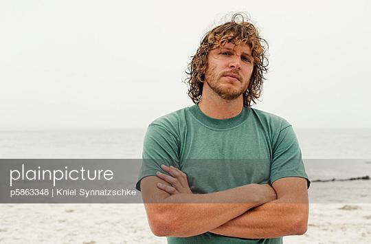 Surfer - p5863348 by Kniel Synnatzschke