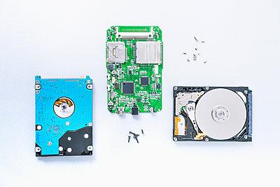 Hard disks - p1149m2264114 by Yvonne Röder