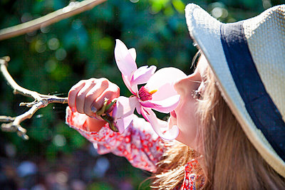 Spring - p756m1042738 by Bénédicte Lassalle