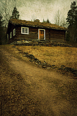 Wooden house in Oslo - p7940482 by Mohamad Itani