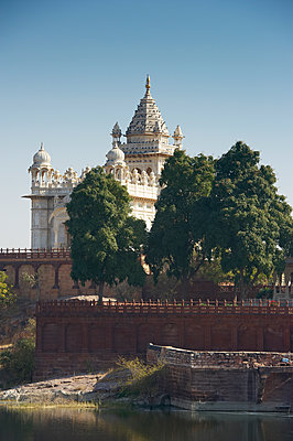 Jaswant Thada monument - p1259m1111471 by J.-P. Westermann