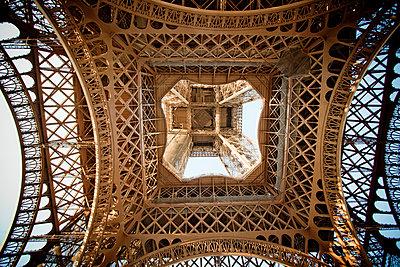 Eiffel tower - p4451328 by Marie Docher