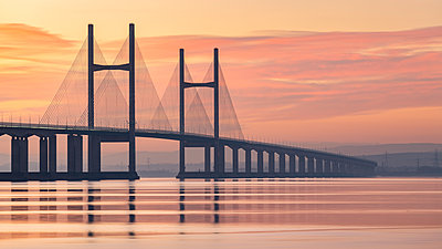Prince of Wales Bridge spanning the River Severn at sunset in winter, Gloucestershire, England, United Kingdom, Europe - p871m2209727 by Adam Burton